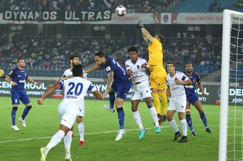 Fransisco Dorronsoro put up a fine show in front of the post to win Delhi one point from the game against Chennaiyin FC (Image Courtesy - ISL)