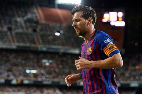 Lionel Messi in action: Valencia vs Barcelona