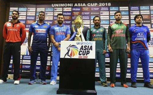 The Captains with the Asia Cup
