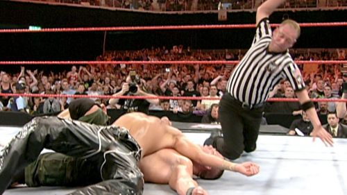 Shawn Michaels and John Cena wrestled for a full 60 minutes on Raw in 2007
