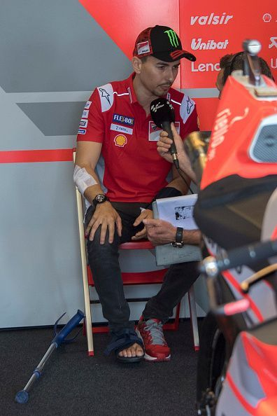 Jorge Lorenzo withdraws from Japan GP due to injuries