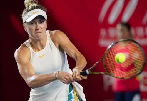 Elina Svitolina fires a fast return to Japan's Nao Hibino at the Prudential Hong Kong Tennis Open