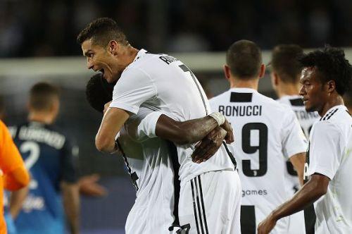 Ronaldo, celebrating with his new teammates