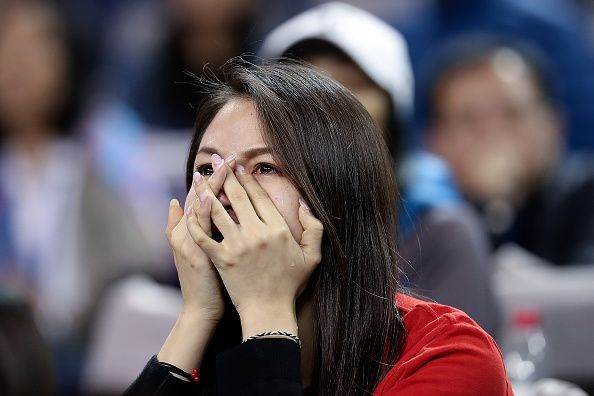 A Federer fan feeling disappointed over the dismal performance of her favorite tennis star