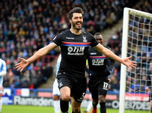 Crystal Palace defeated Huddersfield 1-0