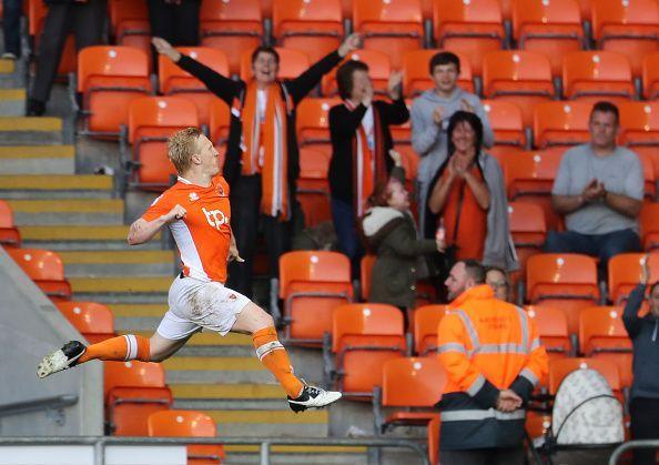 Cullen celebrates a goal