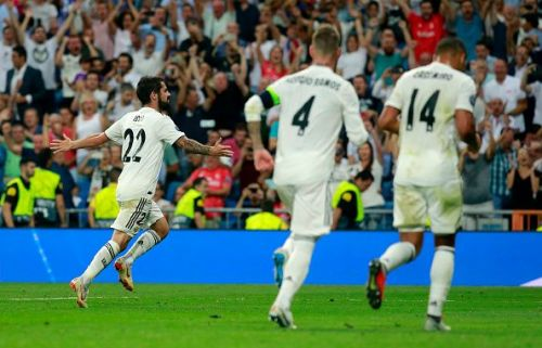Isco scores a beautiful free kick against Roma to put Real Madrid in a 1-0 lead.