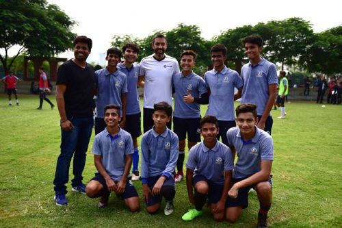 Robert Pires, LaLiga Ambassador with Young Footballers