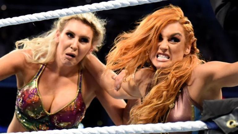 Becky Lynch vs Charlotte Flair for the SD Live Women