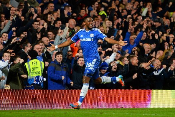 Chelsea v Manchester United - Premier League, Eto'o celebrates scoring his hat-trick