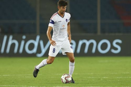 The Real Madrid academy product brought his experience to the fore in the first match against his ex-club FC Pune City (Image Courtesy: ISL)
