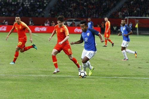 Jeje Lalpekhlua of India in action against China during their international friendly on Saturday (Image: ISL)