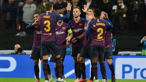 Barcelona reclaim pole position with a 4-2 drubbing of Sevilla