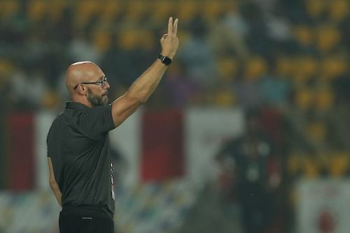 Schattorie said his team targeted Chennaiyin FC's weaknesses down the wings (Image Courtesy: ISL)