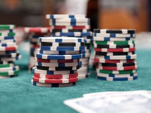 Poker mistakes to avoid in Texas Hold'em for increasing bankroll