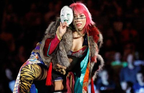 Would a two on one handicap at Evolution help restart Asuka's career in WWE?