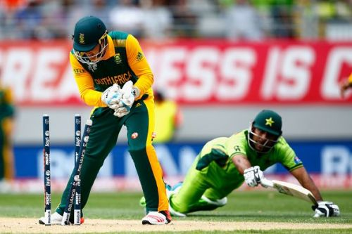 Quinton de Kock is excellent with the gloves
