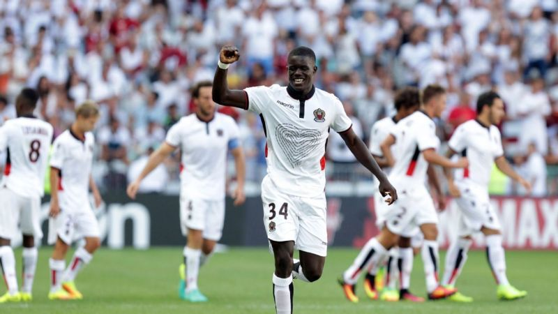Sarr celebrating his goal on his Ligue 1 debut against Rennes last season