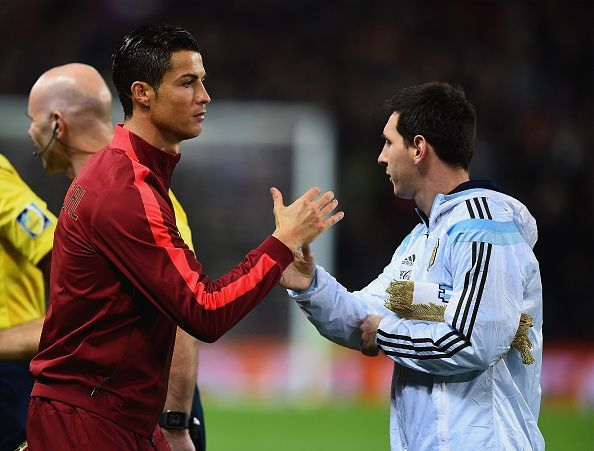 a7e706881 Five players who have played with Messi and Ronaldo pick who is better