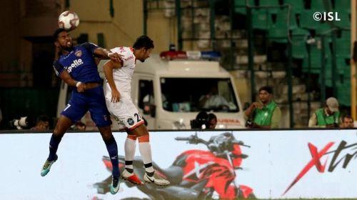 Despite Gregory Nelson's trickery, Chennai hardly tested Mohammed Nawaz [Image: Indian Super League]