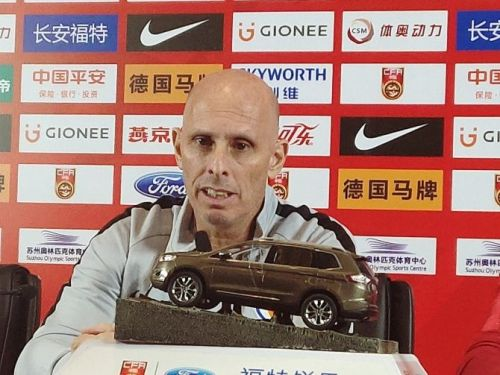 Stephen Constantine at the post match press conference