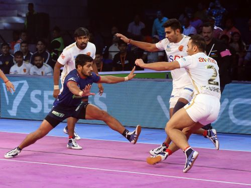 Vikas Khandola put in two Super Raids tonight and turned the match in Haryana's favour