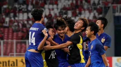 Thailand jubilant after scoring the equalizer from Saengthopho's strike (Image Courtesy: AFC)