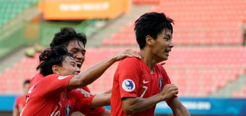 Jeon Se-Jin on the extreme right proved the difference in South Korea's victory (Image Courtesy: AFC)