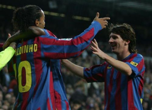 A young Lionel Messi with Ronaldinho