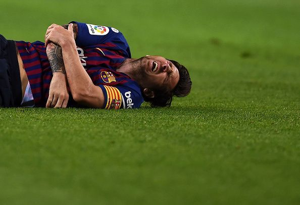 Barcelona will be without Lionel Messi on Sunday because of a broken arm