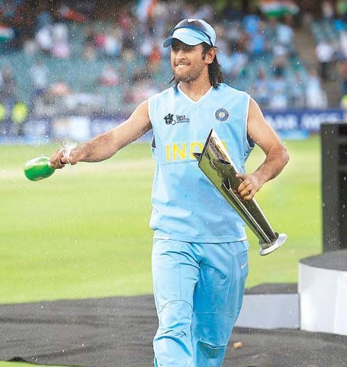 MS Dhoni after winning T20 World Cup 2007