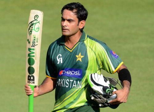 Hafeez scored a crucial 45 after Pakistan were 10-2.