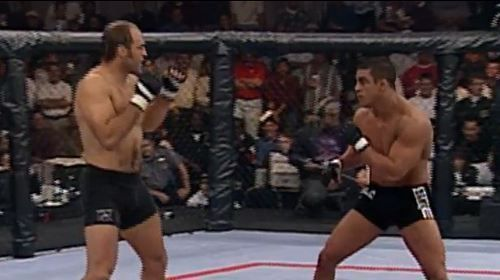 Randy Couture upset Vitor Belfort