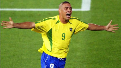 Why Messi and CR7 are nowhere near the Brazilian Ronaldo