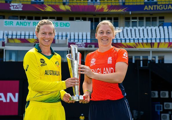 Meg Lanning and Heather Knight pose with the Women