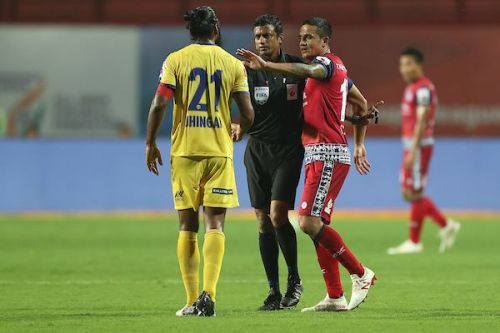 This season has already produced some exciting on-field player battles (Image Courtesy: ISL)