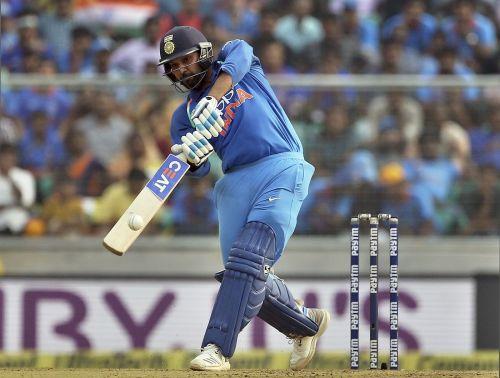 टी20 अंतर्राष्ट्रीय में रोहित के नाम 96 छक्के