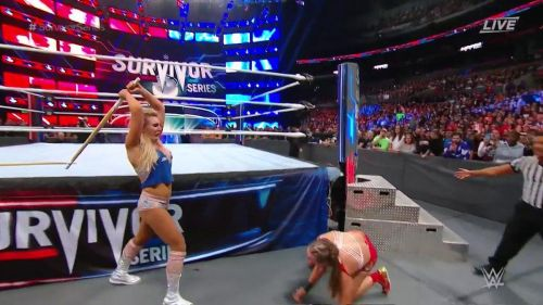 Charlotte went berserk and got herself disqualified, before receiving cheers from the crowd