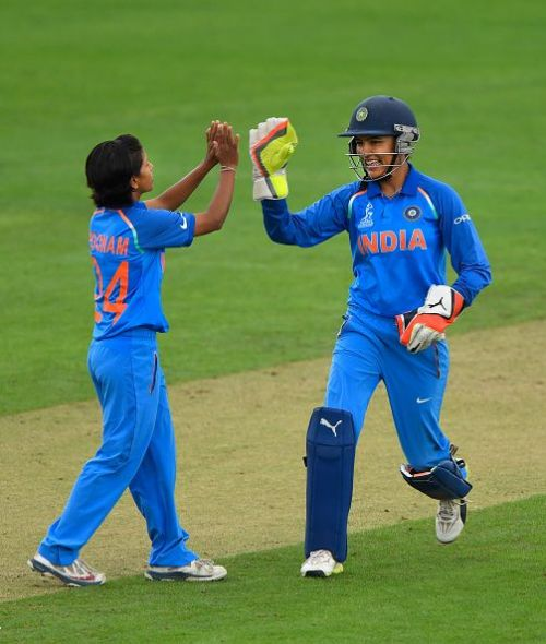 Poonam(L) would hold the key for India