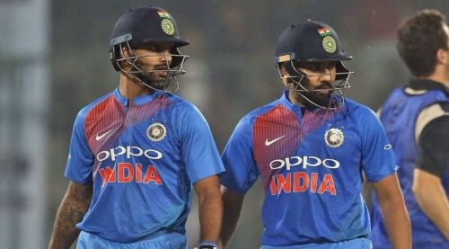 Shikhar Dhawan (L) and Rohit Sharma