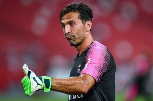 Buffon rejected Barcelona in order to join Juventus