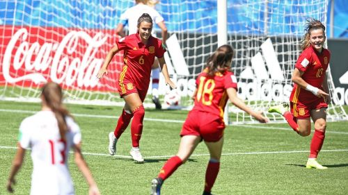Spain's no 6 Irene López, no 10 Clàudia Pina and no 18 Eva Navarro celebrate after scoring a goal (Image Courtesy: FIFA)
