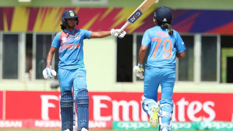 हरमनप्रीत कौर - भारत की तरफ से टी20 अंतरराष्ट्रीय में पहला शतक