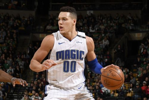 Aaron Gordon in the current home uniform