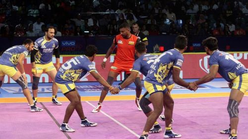The Tamil Thalaivas defense looked patchy