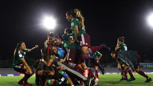 An ecstatic Mexican team after qualifying for the Finals (Image Courtesy: FIFA)