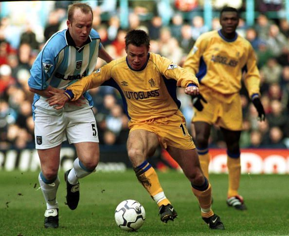 Graeme Le Saux (in yellow)
