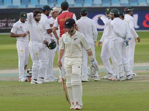 Pakistan beat New Zealand in the 2nd test to level series
