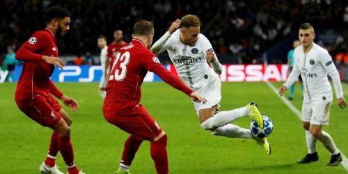 Neymar grinding with a cheeky skill