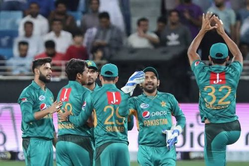 Pakistan aim to level honours in second ODI